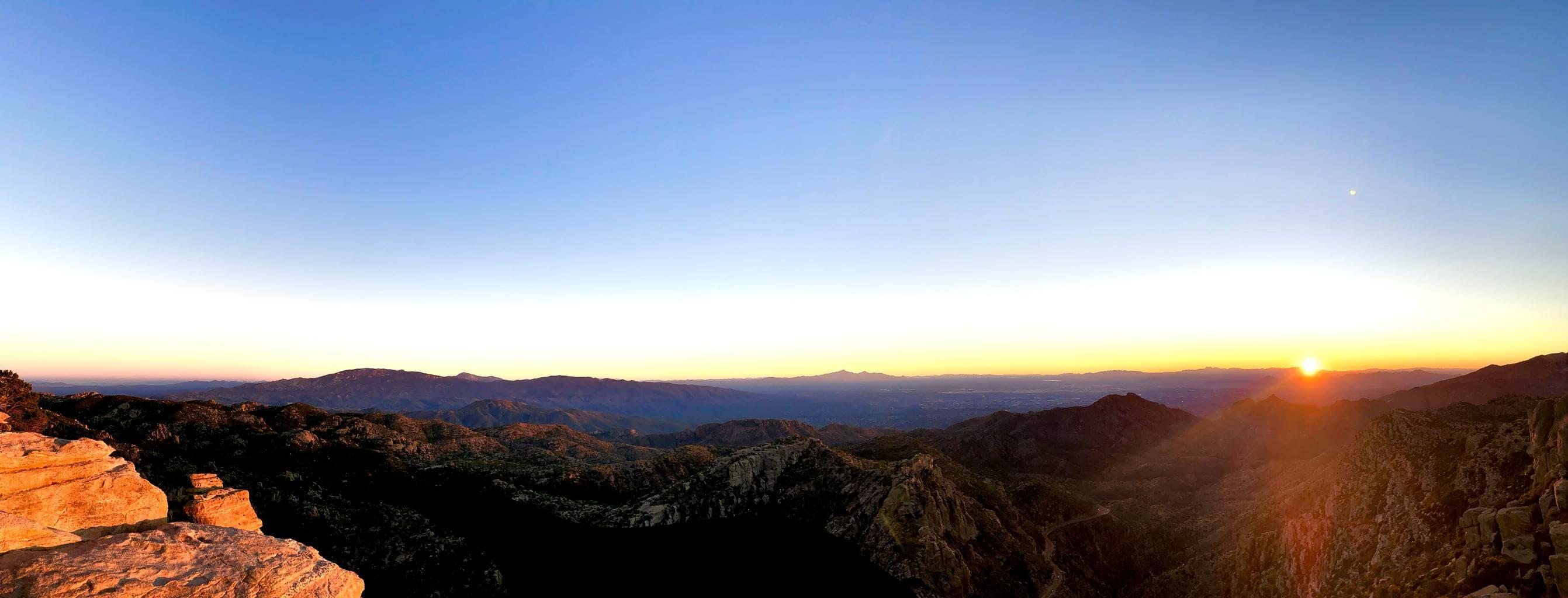 Fotografía panorámica de amanecer con móvil