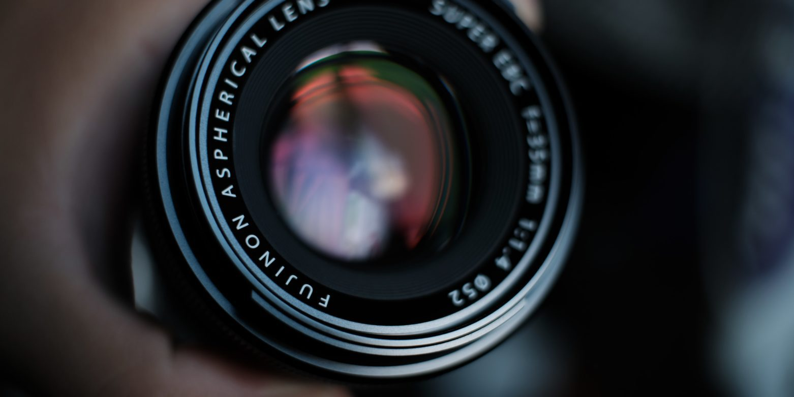 Objetivo para cámara fujifilm ideal para fotografía de calle