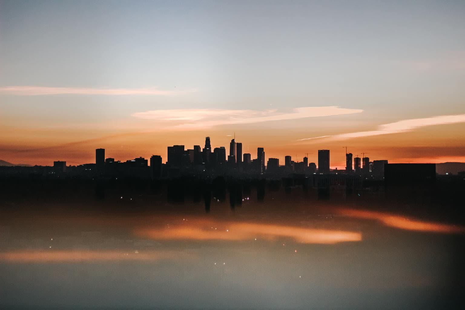 paisaje urbano amanecer skyline