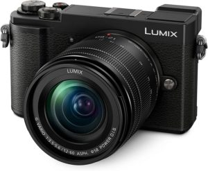 Vista frontal cámara Lumix DC-GX9M