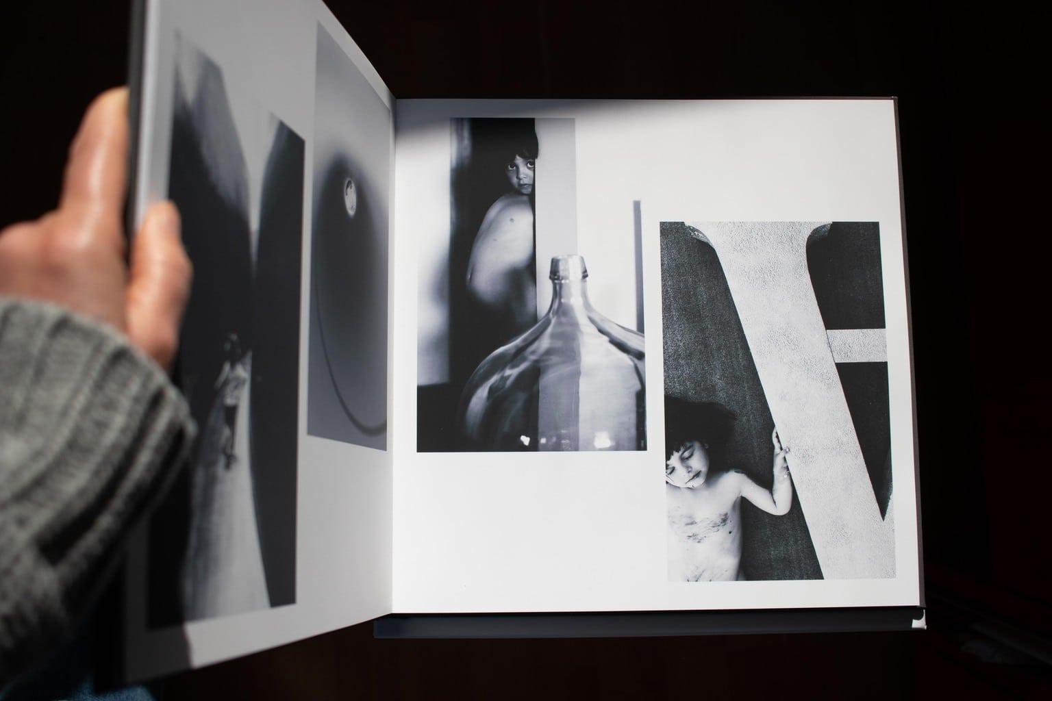 Ejemplo impresión del blanco y negro del álbum Cewe