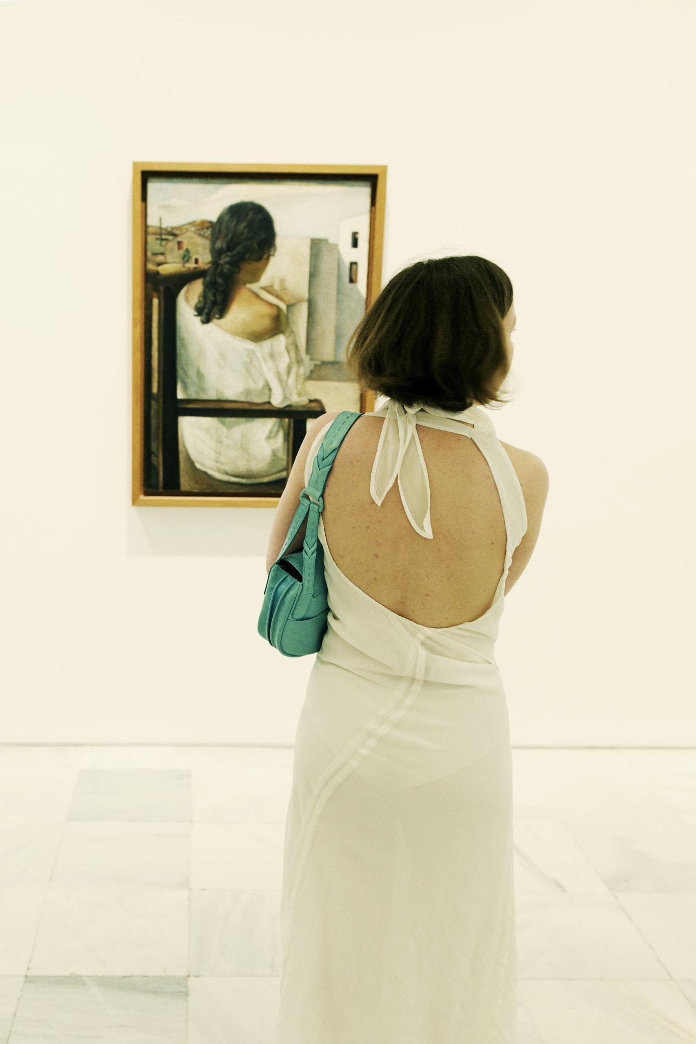 Fotografía callejera en museo, la importancia de la observación