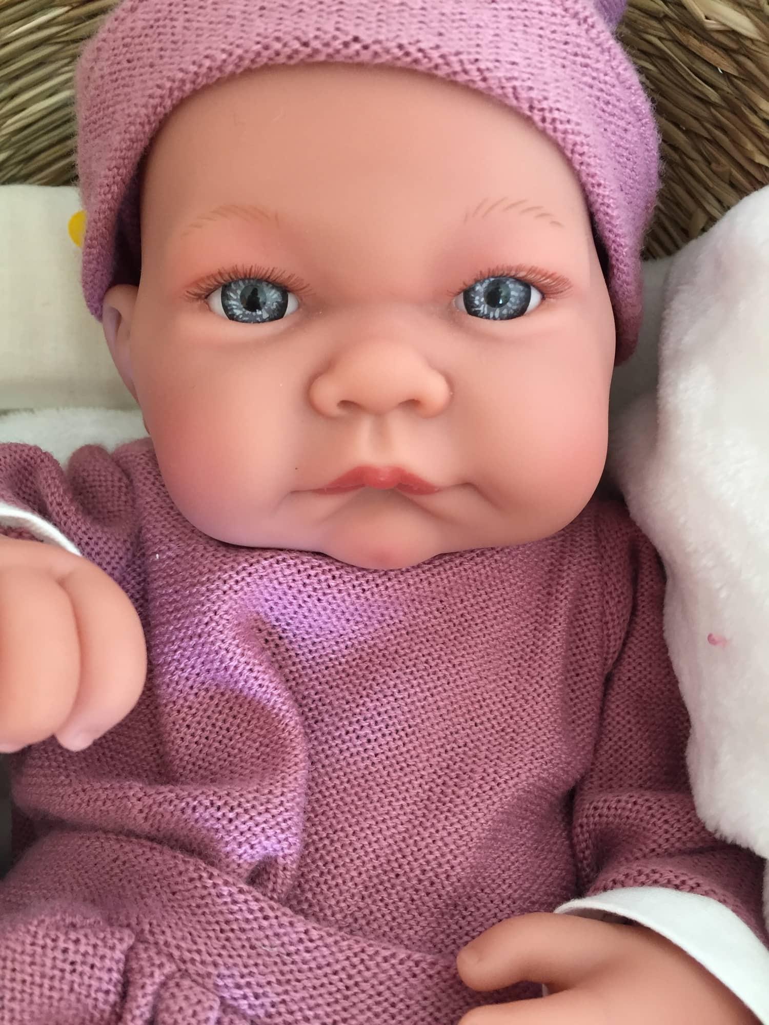 Retrato de muñeco comparativa lente limpia