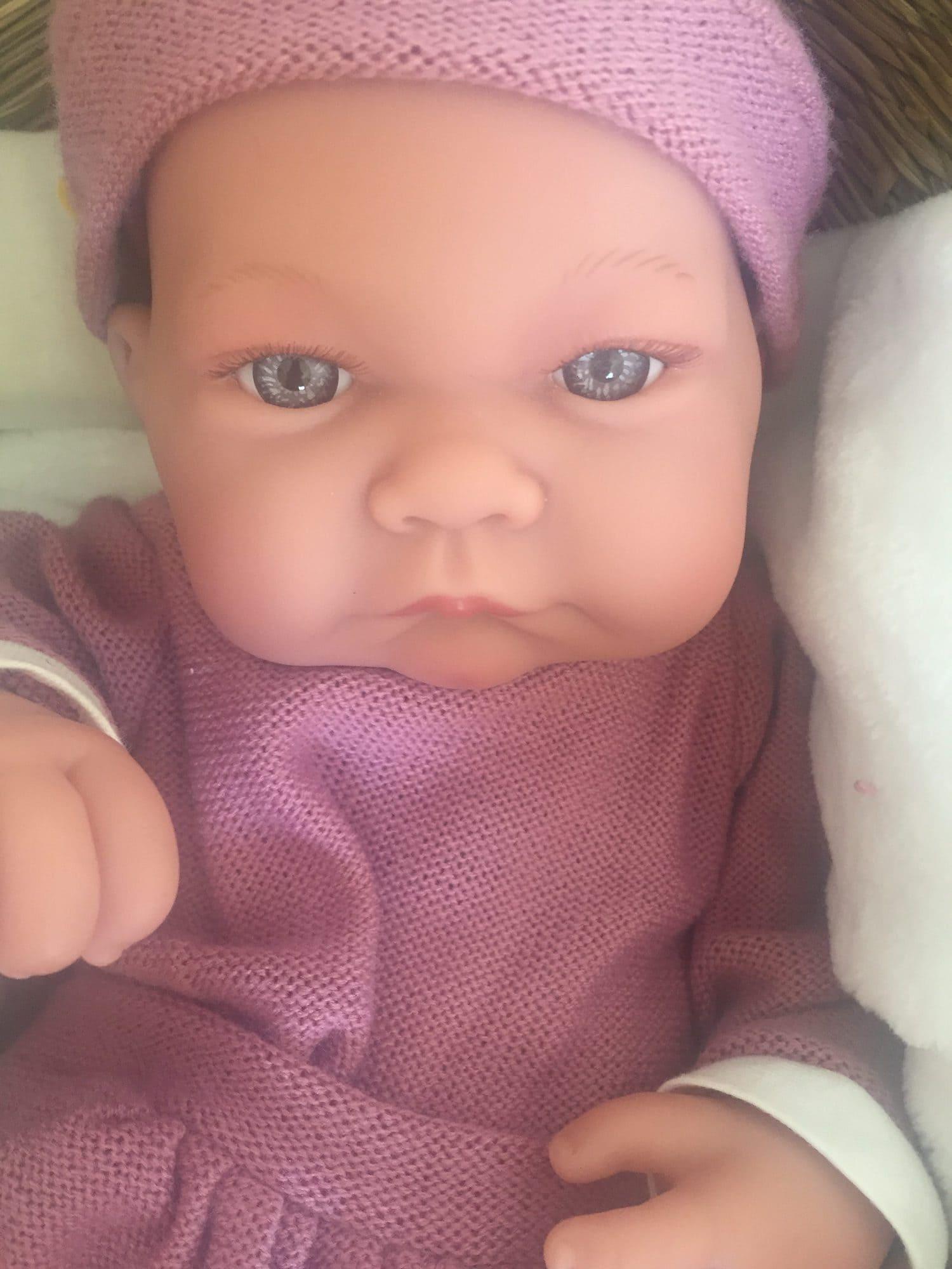 Retrato de muñeco comparativa lente sucia