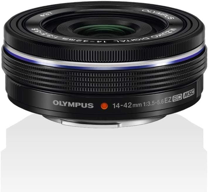 Olympus M.Zuiko Digital 14-42mm f/3.5 - 5.6 EZ, objetivo para fotografía callejera