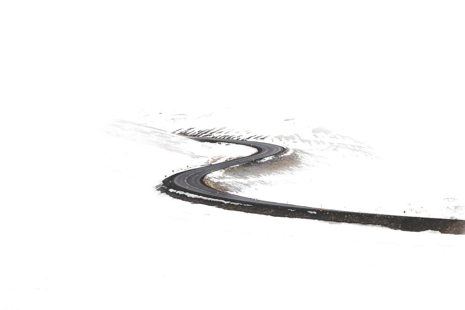 Carretera en S nevada