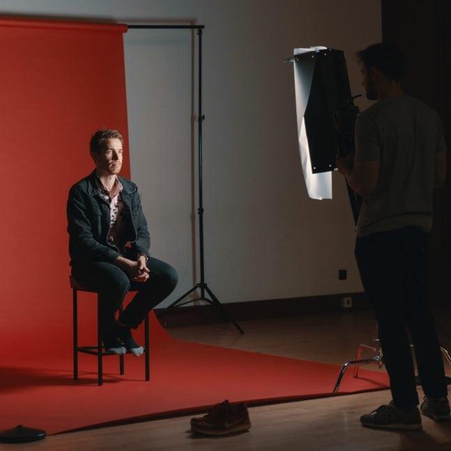 Retrato en estudio con luz continua