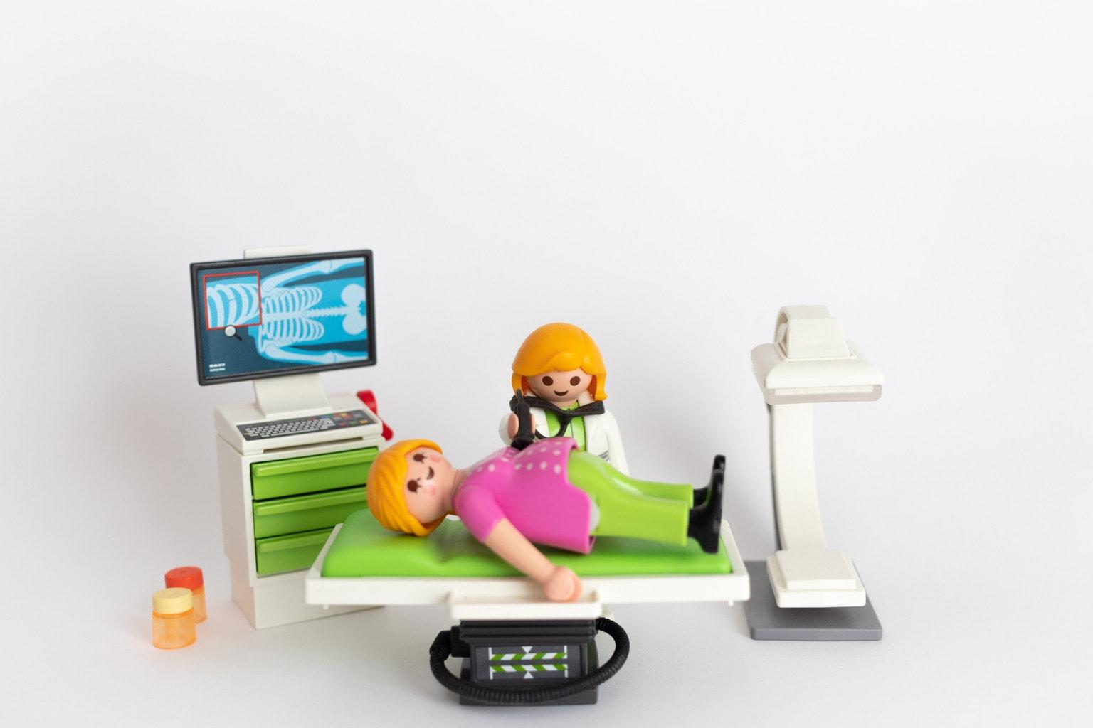 Muñecos Playmobil con fondo infinito