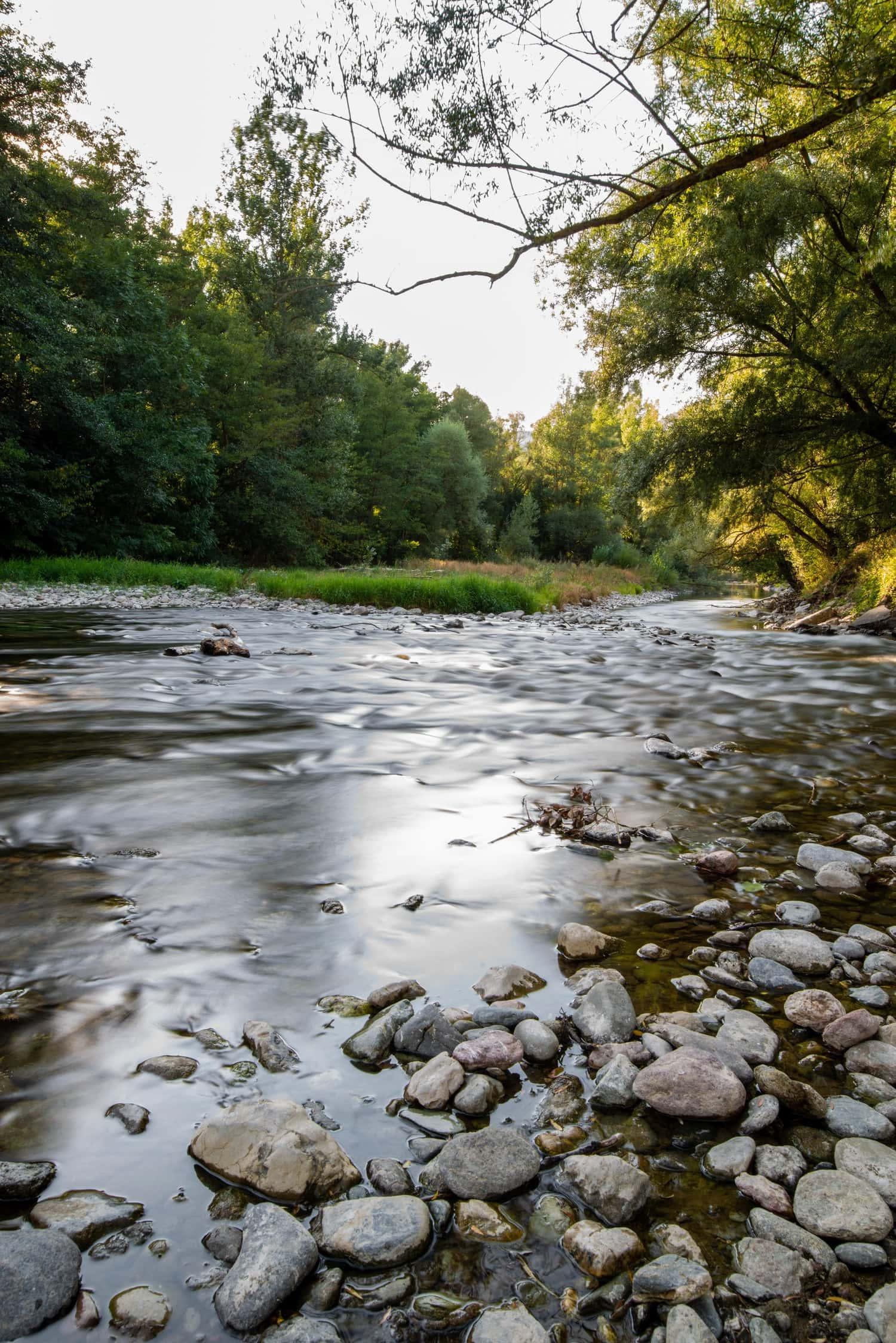 foto de río en larga exposición con filtro ND