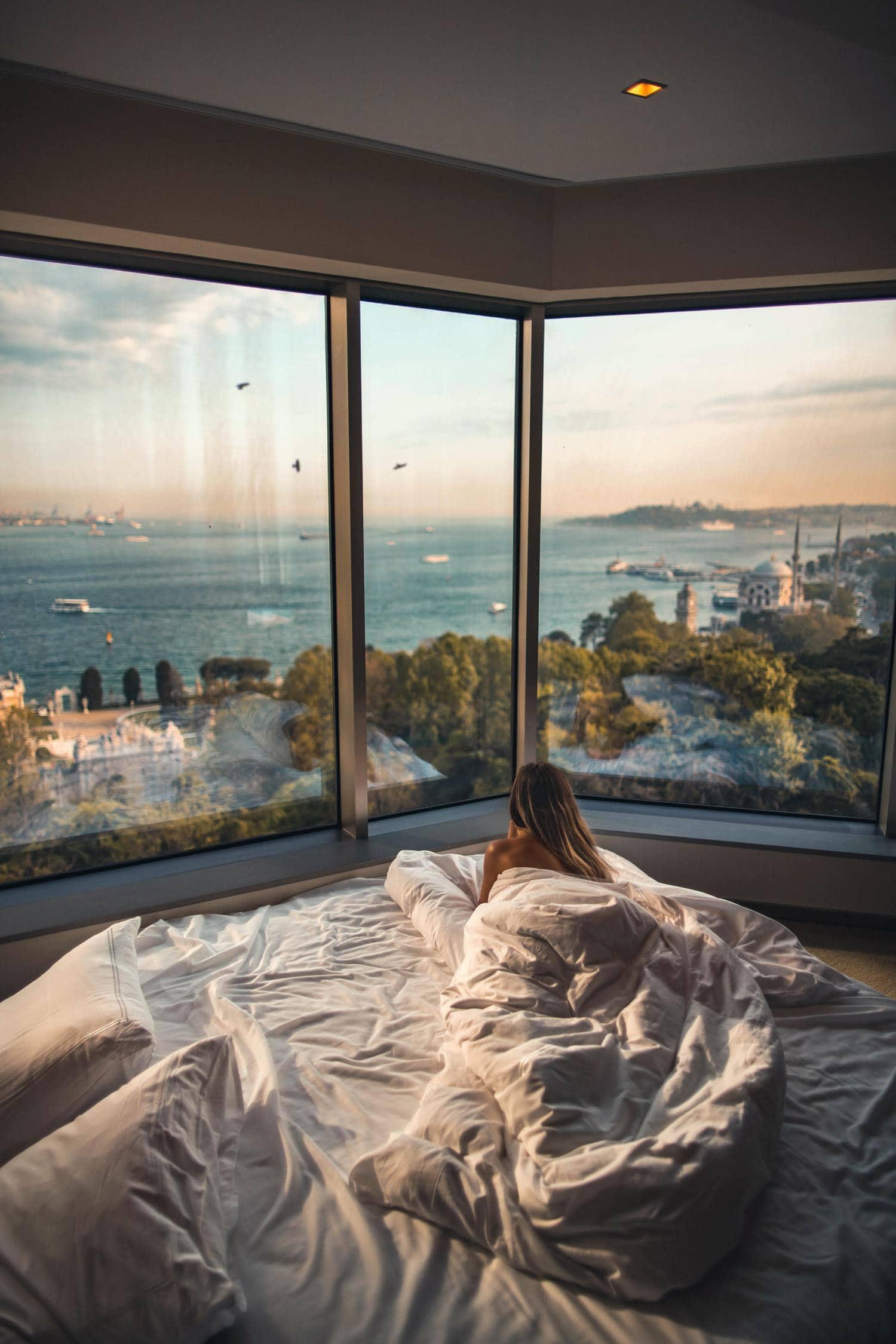 habitacion boudoir mujer cama