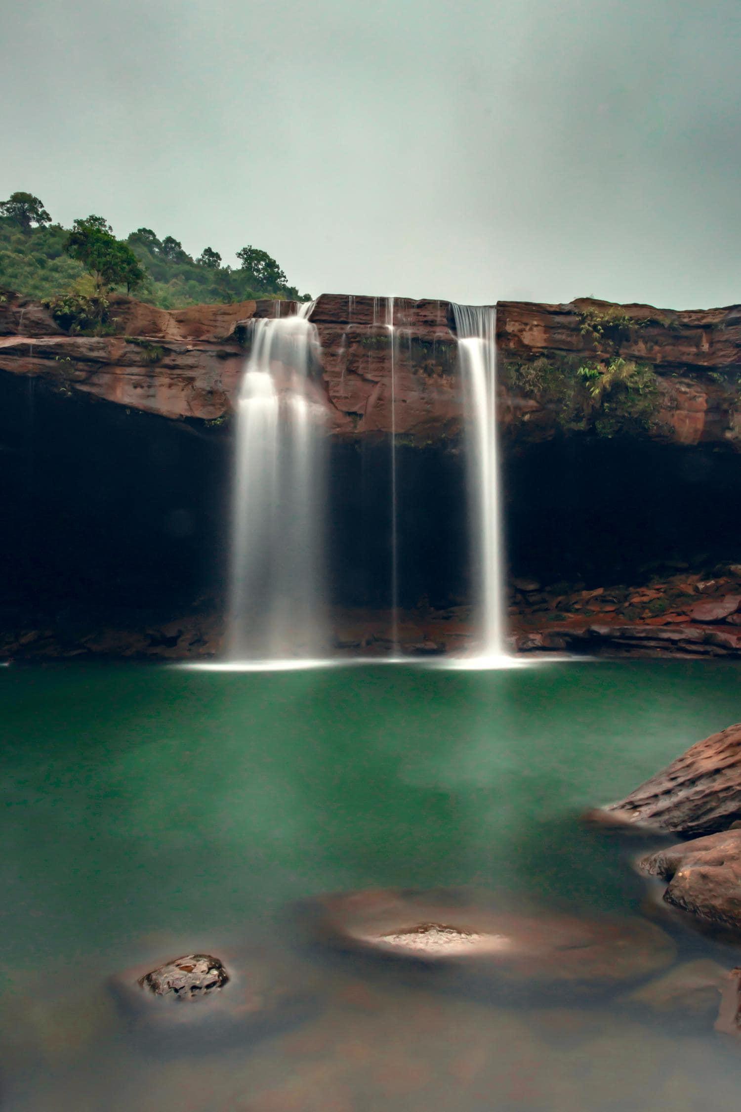 cascada naturaleza larga exposicion